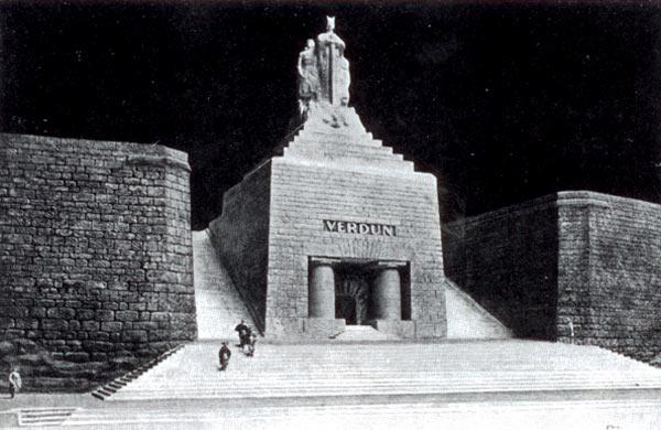 Projet de monument de la Victoire à Verdun